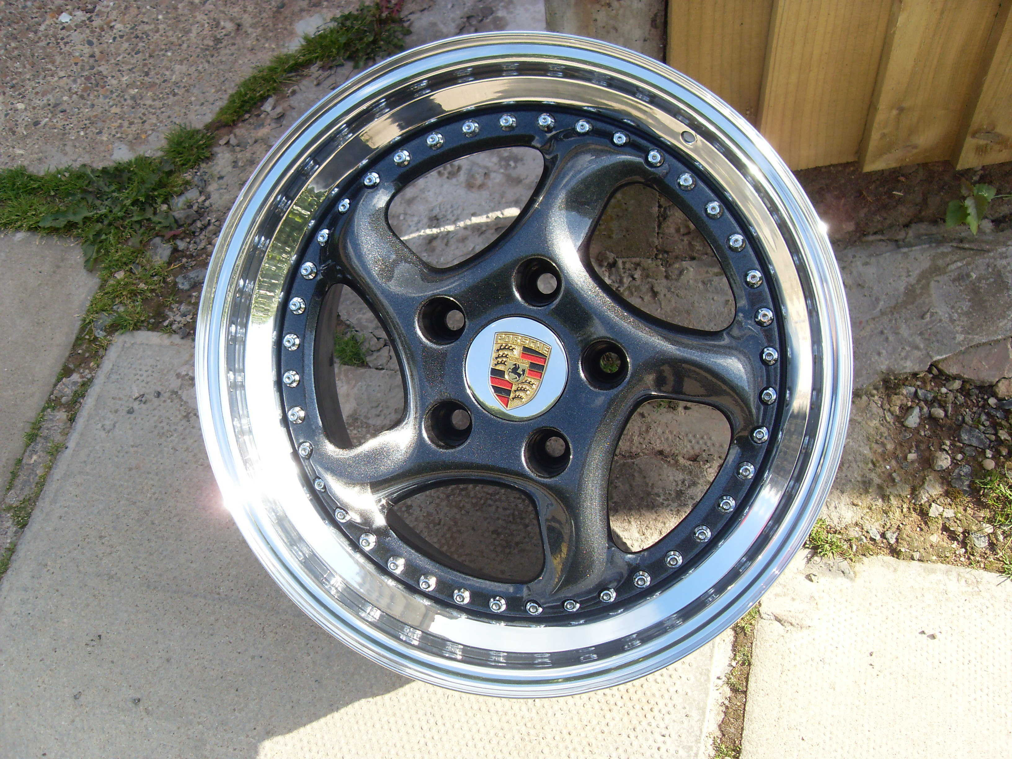 Porsche Twist Split Rim Wheel Polished And Powdercoated