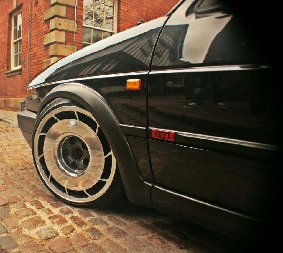 corvette wheels mirror polished for a vw golf mk2 pureklas. Black Bedroom Furniture Sets. Home Design Ideas