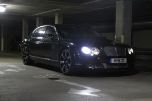 Bentley flying Spur on Kahn Design wheels refubishment by www.pureklas.co.uk